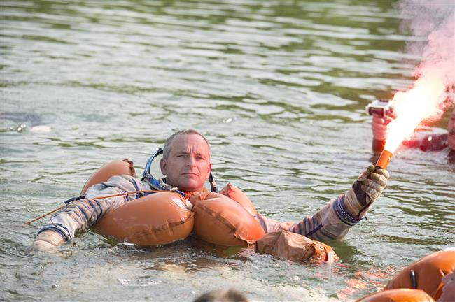 David Saint-Jacques takes part in water survival training in Russia